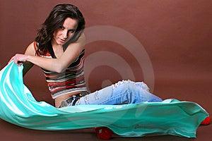 La Giovane Bella Ragazza Durante Lo Svago Attivo Fotografia Stock Libera da Diritti - Immagine: 8498125