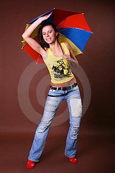 La Giovane Bella Ragazza Durante Lo Svago Attivo Immagine Stock - Immagine: 8498201