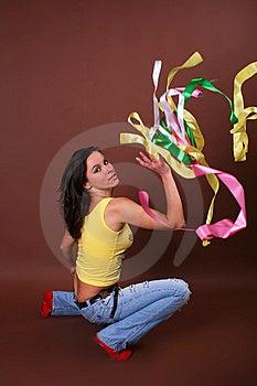 Het Jonge Mooie Meisje Tijdens Actieve Vrije Tijd Royalty-vrije Stock Foto - Afbeelding: 8498315