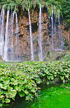 Waterfall Royalty Free Stock Photo - Image: 8504115