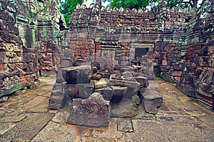 Inside View Of Ta Som Temple. Angkor Wat Stock Images - Image: 8516504