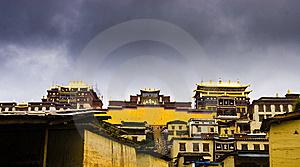 Songzanlin Temple Royalty Free Stock Images - Image: 8521399
