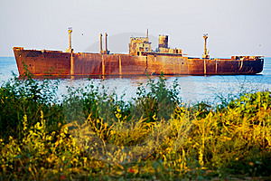 Ship Wreck Stock Photos - Image: 8529553