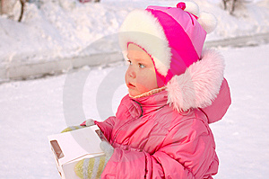 Pretty Little Girl With Candy Box. Stock Photography - Image: 8532722