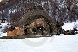 Cabin On The Rock. Royalty Free Stock Photos - Image: 8532948