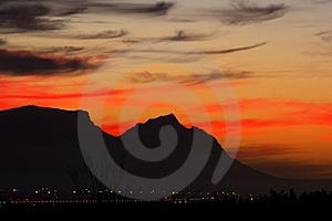 последние лучи Стоковое Изображение RF - изображение: 8533786