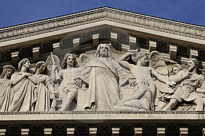 Statue Artworks On The Building Royalty Free Stock Photos - Image: 8536018