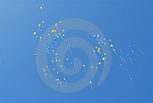 Blue And Yellow Balloons Fly Stock Images - Image: 8546004