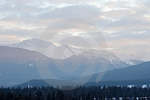 Sunrise In Canadian Rockies Stock Photo - Image: 8551070