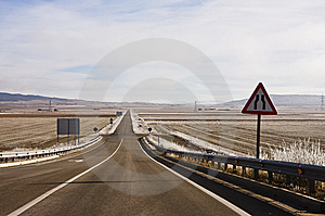 Reducing Traffic Sign Stock Images - Image: 8552734