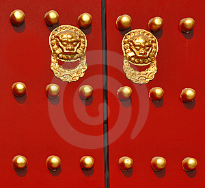 Traditional Chinese Door Royalty Free Stock Images - Image: 8553649