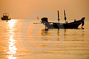 Boats Silhouette The Sea With Perfect Sunset Stock Images - Image: 8554004