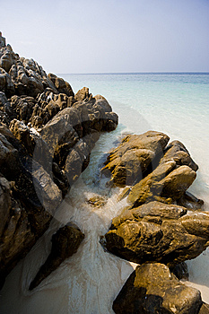 Ocean Rock Pool Royalty Free Stock Images - Image: 8558599