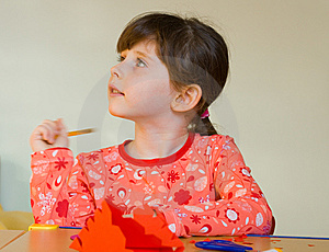 Girl Drawing Royalty Free Stock Images - Image: 8573089