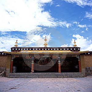 Ganden Sumtseling Monastery Stock Images - Image: 8575564