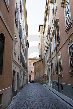 Lane In Modena In Summer Stock Images - Image: 8577894