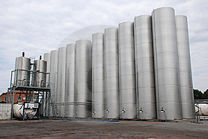 Steel  Silo Stock Images - Image: 8580814