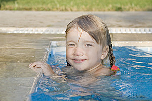 Girl In The Swimming-pool Royalty Free Stock Images - Image: 8581939