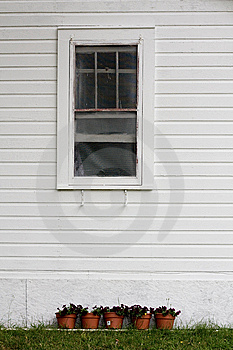 Bungalow Window Royalty Free Stock Images - Image: 8590399
