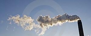 Kominowy Dymienie Obrazy Royalty Free - Obraz: 8590849