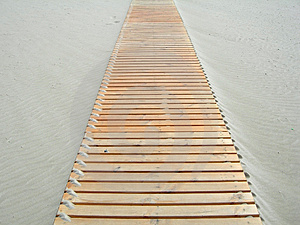 Footbridge In The Sand Royalty Free Stock Images - Image: 861389