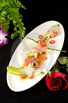 Chop Tuna Appetizer Royalty Free Stock Images - Image: 8600459
