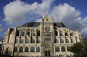 Classical Building With Cloudy Sky Royalty Free Stock Images - Image: 8602399
