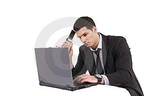 Homme D'affaires Avec L'ordinateur Et Le Téléphone De Dessus De Recouvrement Photos libres de droits - Image: 8604988