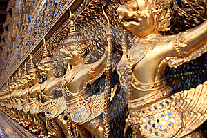 Wat Phra Kaew Stock Photo - Image: 8611140