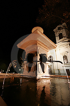 Fountain Stock Images - Image: 8613404