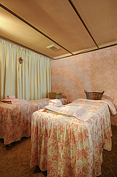 Massage Room Royalty Free Stock Images - Image: 8617769