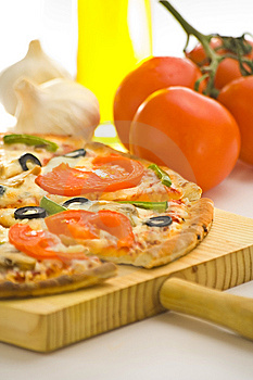 Homemade Pizza Fresh Tomato Olive Mushroom Cheese Stock Photo - Image: 8627150