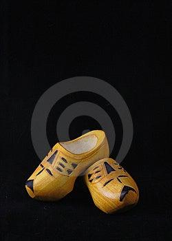 Zapatos De Madera Amarillos De Los Países Bajos Fotos de archivo - Imagen: 8628113