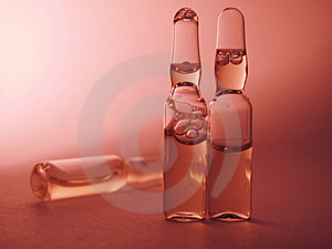 色的小瓶 库存图片 - 图片: 8630634