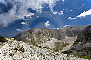 Mountain Trail Stock Photography - Image: 8630652