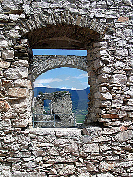 Window Of The Spiss Castle Stock Images - Image: 8632294