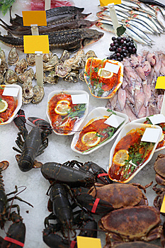 Seafood In Shop Royalty Free Stock Photo - Image: 8632795