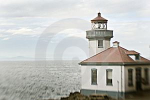 Lighthouse On The Coast Royalty Free Stock Photo - Image: 8633295