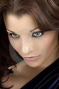 De Geheimzinnige Vrouw Stock Fotografie - Afbeelding: 8635232
