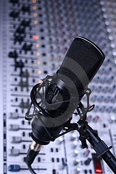 Studio Condenser Microphone (cool) Stock Photography - Image: 8637202