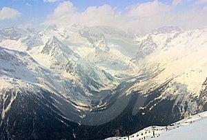 Montagna Di Caucaso Fotografia Stock Libera da Diritti - Immagine: 8640917