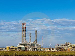 Part Of Refinery Complex Royalty Free Stock Images - Image: 8641729
