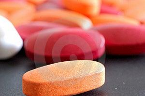 Píldoras Con La Píldora De La Naranja Del Primer Fotos de archivo libres de regalías - Imagen: 8642938