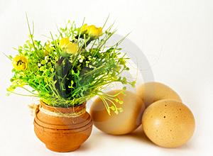 Easter - Eggs And Ceramic Vase With Flowers Royalty Free Stock Image - Image: 8643986