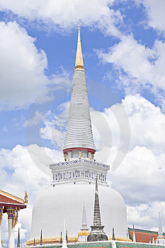 Gold Top Pagoda, South Of Thailand. Royalty Free Stock Photography - Image: 8644237