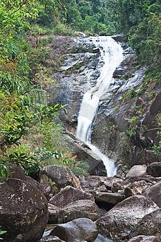 Cascata Nel Sud Della Tailandia. Fotografia Stock Libera da Diritti - Immagine: 8650215