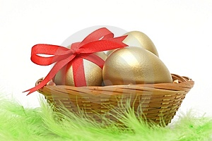 Golden Eggs In Basket Stock Photography - Image: 8650682