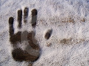 Print Hands In Snow Stock Images - Image: 8652744