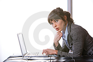 Business Woman Modern Office Stock Image - Image: 8652951