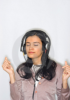 Woman Listening Music Royalty Free Stock Images - Image: 8653199